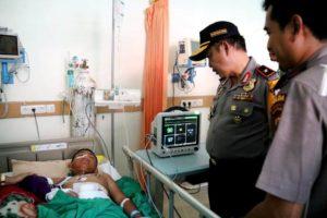 Korban selamat dalam kecelakaan pesawat Dimonim Air di Oksibil, Pegunungan Bintang, Sabtu (11/8/2018)