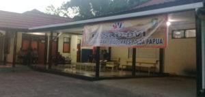 Suasana di Posko DVI Polda Papua depan ruang jenazah RS Bhayangkara