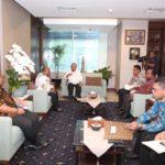 Caption : Suasana Pertemuan Gubernur Papua bersama Pimpinan OPD dengan Menteri PUPR di Kantor PUPR, Jakarta, Selasa (30/10/2018). Foto : Ist/PapuaSatu.com