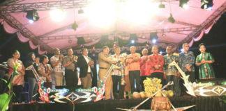 Caption : Dokumen Pembukaan Festival Teluk Homboldt Tahun 2018