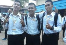 Muhammad Himawan Joko Prasojo saat berfoto bersama rekan-rekannya saat mengikuti tes untuk menjadi anggota Polri