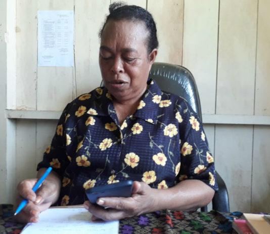 Anggota KPU Kabupaten Mamberamo Raya Pdt. Dorkas Mansawan