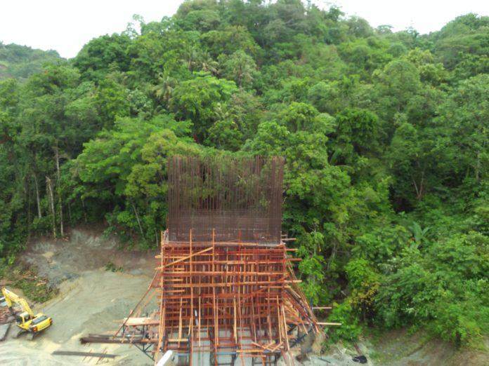 Caption: Lokasi pembangunan jalan ring road Hamadi - Skyline, Kota Jayapura