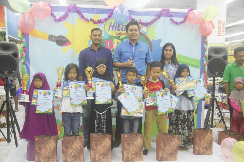 Ratusan Pelajar Sd Kota Jayapura Ikut Lomba Mewarnai Hilo School