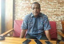 Ketua Komisi V DPR Papua Jack Kemasan Komboy