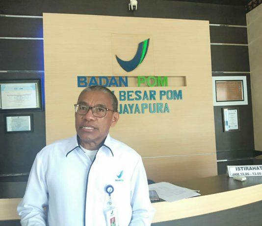 Kepala BBPOM Jayapura, Drs. Hanetje Gustav Kakerissa, Apt