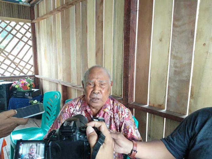Tokoh Pejuang Papua, Ramses Ohee, saat memberikan keterangan pers, Jumat (28/6/2019.