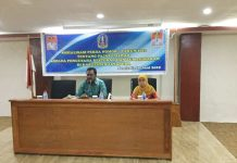 Caption : Kepala Bappenda Kabupaten Jayapura, Theophilus Hendrik Tegai, S.E., saat memberikan arahan Sosialisasi Perda Nomor 7 tahun 2012 tentang Pajak Daerah, Kamis (20/6/2019)