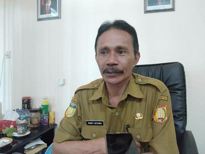 Kepala Badan Kepegawaian Daerah (BKD) Kota Jayapura, Dr Robert Johan Betaubun, S.Pd, MM