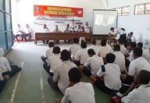 caption : suasana sosialisasi dan penyuluhan di SMK Negeri 1 Keerom