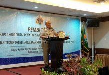Caption : Kepala Kantor Wilayah BPN Provinsi Papua, Arius Yambe saat membuka rapat koordinasi di Aston Jayapura. Foto : Ayu Vhino/PapuaSatu.com