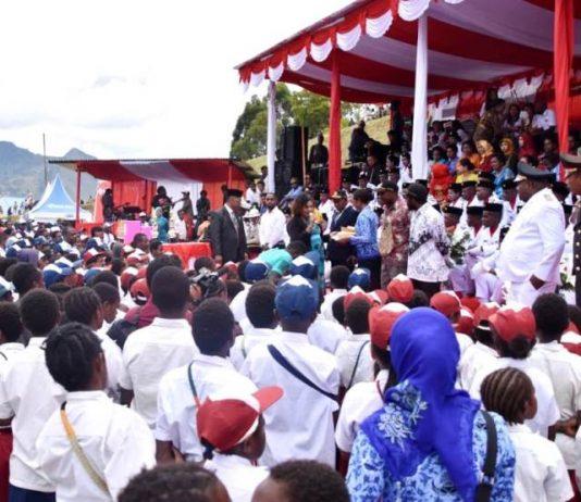 Kemeriahan suasana peringatan HUT RI di Kabupaten Lanny Jaya saat usai upacara pengibaran bendera, Sabtu (17/8/19)