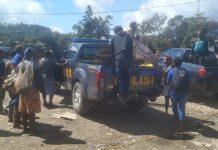 Sekitar 20 warga yang terdiri para mahasiswa pelajar saat difasi oleh Polres setempat saat difailistasi untk pulang kampung.