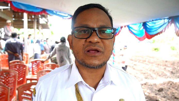 Kepala Dinas Pemberdayaan Masyarakat Kabupaten Mimika Michael R. Gomar