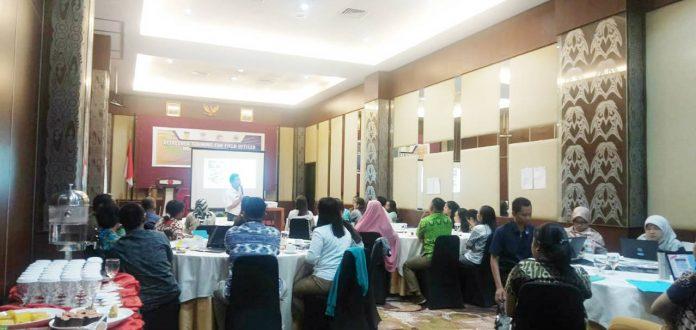 Caption : Suasana kegiatan 'Training for field officer implementing partners Provinsi Papua tahun 2019' selama 3 hari dari tanggal 2-4 Oktober 2019 di Hotel @Hom Premiere.