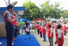 Caption : Suasana olahrga bersama para Pensiunan dengan PT taspen dan Asisten III Setda Kota Jayapura Drs. Amos Salosa, Sabtu (05/10/2019).