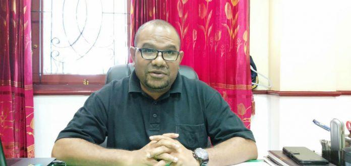 Kepala Disperindagkop dan UKM Kota Jayapura, Robert Awi