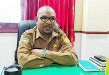 Caption : Kadisperindagkop dan UKM Kota Jayapura, Robert Awi