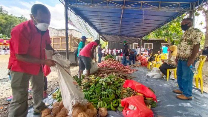Hasil-hasil pertanian yang siap dibagikan kepada masyarakat dalam masa pandemi covid-19