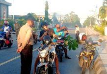 Aparat gabungan saat memperketat patrol pengawasan terhadap masyarakat di sekitaran Kota Biak yang melewati batas waktu aktifitas dan yang tidak menggunakan masker, Selasa (26/5/2020)