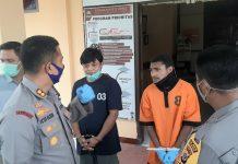 Kapolres Jayapura, AKBP Vicktor D. Macbon saat menginterogasi pelaku (baju oranye) pencurian sepesialis conkel rumah korong