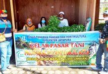 Aktifitas pasar tani yang digelar Dinas Pertanian Kabupaten Jayapura