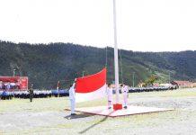 Caption : Suasana pelaksanaan upacara Peringatan HUT RI Ke-75, yang dilaksanakan Pemkab dan seluruh muspida Kabupaten Puncak Jaya, pada Senin (17/08/2020).