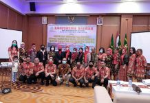 Caption : Foto Ketua Ikatan Notaris Indonesia (INI) Kabupaten Jayapura, saat foto bersama usai pemilihan pengurus tingkat daerah Kota dan Kabupaten Jayapura, yang digelar di Hotel Horizon Kotaraja, Sabtu (29/08/2020).